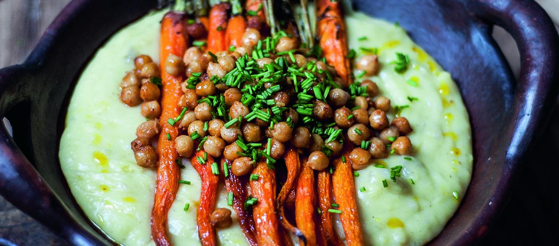 Aardpeerpuree met wortel en kikkererwten